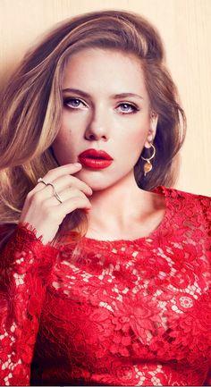 Scarlett Johansson amazing face so pretty