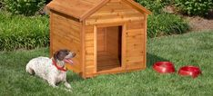 Need a new comfortable, easy-to-build house for your furry friend? Get inspired by this collection of 36 free DIY dog house plans and ideas. Wood Dog House, Dog House Bed, House Beds, Build A Dog House, Dog House Plans, Building A House, Carpentry Tools, Woodworking Projects, Woodworking Plans
