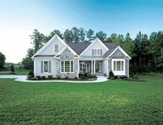 Plan of the Week! Under 2500 sq ft - The Whiteheart, Plan A small design th. - House Plans, Home Plan Designs, Floor Plans and Blueprints Family House Plans, Ranch House Plans, Craftsman House Plans, New House Plans, Craftsman Style, House Floor Plans, 2200 Sq Ft House Plans, Family Houses, Style At Home