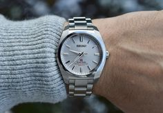 [Grand Seiko] SBGX091 : Watches Pocket Watches, Wrist Watches, Watches For Men, Seiko Presage, Watch Companies, Seiko Watches, Patek Philippe, Luxury Watches, Wood Watch