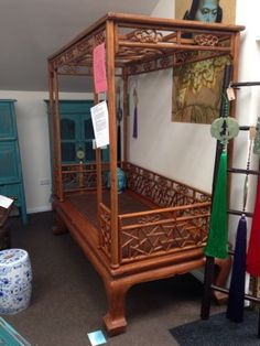 Asian four poster