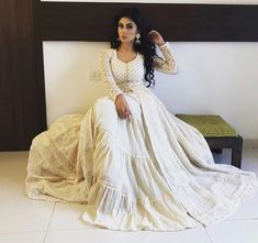 Indian Gowns Dresses, White Maxi Dresses, Nice Dresses, Pakistani Outfits, Indian Outfits, Indian Designer Outfits, Designer Dresses, Mouni Roy Dresses, Pakistani Bridal Couture