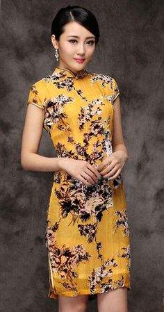 Yellow floral silk velvet short Chinese qipao dress Available size Oriental Fashion, Asian Fashion, Collection Eid, Chinese Clothing, Chinese Dresses, Cheongsam Dress, Ao Dai, Fashion Fabric, Chinese Style