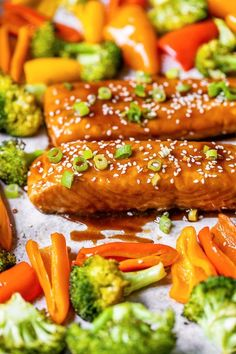 This easy, delicious Sheet Pan Teriyaki Salmon and Vegetables (I seriously devoured this, it was THAT good) is made all on one sheet pan and ready in 20 minutes! #sheetpan #sheetpansalmon #salmonrecipes #salmon Skinny Recipes, Ww Recipes, Salmon Recipes, Fish Recipes, Seafood Recipes, Dinner Recipes, Cooking Recipes, Healthy Recipes, Skinnytaste Recipes