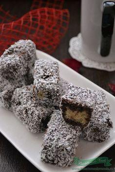 Romanian Desserts, Romanian Food, I Love Food, Good Food, Cupcake Cakes, Cupcakes, Desert Recipes, Christmas Baking, Coco