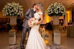 Passarela espelhada Wedding Dresses, Lingerie, Fashion, Shower Party, Pranks, Weddings, Ideas, Kitchen, Pictures