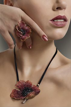 Poppy pendant & ring by Carlo Palmiero Jewellery Design
