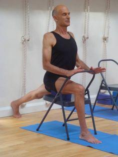 Virabhadrasana 1 – senior Iyengar Yoga teacher Eyal Shifroni