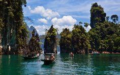 Cheow En Lake, Khao Sok national park.