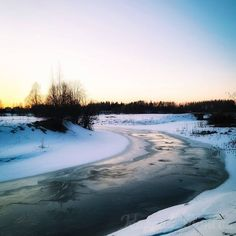 """Kappale luontoa ∆ Luontoblogi sanoo Instagramissa: """"#jäätynytjoki #frozenriver #talvimaisema #winterlandscape #luontokuvaus #naturephotography #suomenluonto #finnishnature"""" River, Outdoor, Instagram, Outdoors, Outdoor Games, The Great Outdoors, Rivers"""