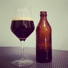 Experimentelles Black IPA von @lillebraeu #craftbeer #kiel #craftbeerkiel #lillebräu #blackipa #indiapaleale #beerlove #beerporn #instabeer #beerstagram #beer #bier #cheers #prost
