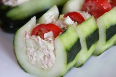 healthy tuna salad cucumber boat, fun idea:) *-really yummy snack Healthy Tuna Salad, Healthy Snacks, Healthy Eating, Healthy Recipes, Ham Salad, Shrimp Salad, Healthy Appetizers, Chicken Salad, Appetizer Recipes