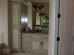 Custom bathroom in white