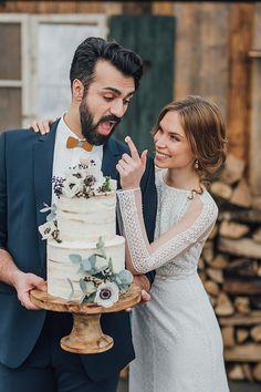 Boho Style Mann auf Hochzeit mit Holzfliege. Hozlfliege, made in Germany