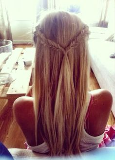beautiful • blond • locks • braid • hair • style • summer • braid • twist • easy • hairdo • cute