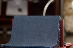 Holland & Sherry - Luxury Mohair - HS1528A - 230/310GRM 7,5/10OZ - Super fine wool and mohair blend.- 6