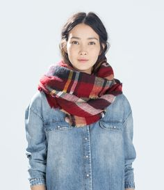 Image 2 of CHECKED SCARF from Zara