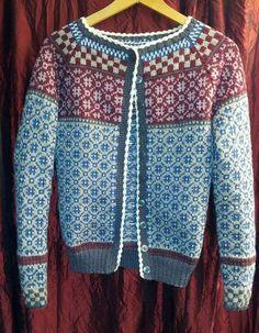 Bilderesultat for kristin wiola odegard Fair Isle Knitting Patterns, Fair Isle Pattern, Knitting Charts, Knit Patterns, Hand Knitting, Knit Stranded, Norwegian Knitting, Bunt, Knitwear