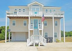 Surf Par Tee is a gorgeous pet friendly rental in Kitty Hawk.  With the finest amenities and a private pool, you'll be vacationing in style!