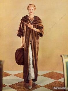 Pierre Balmain (Fur Coat) 1956 Photo Frances Mc laughlin