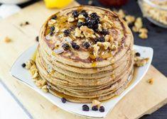 30 Vegan Brunch Recipes for Lazy Days - Eluxe Magazine Pancake Maker, Pancake Muffins, Vegan Banana Pancakes, Protein Pancakes, Vegan Breakfast Recipes, Vegan Recipes, Brunch, Vegan Dishes, Healthy Desserts