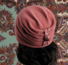 (11) Одноклассники Crochet Purse Patterns, Crochet Pillow Pattern, Crochet Lace Edging, Crochet Beanie Pattern, Crochet Shoes, Crochet Slippers, Sewing Scarves, Sewing Clothes Women, Fleece Hats