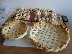 Koszyczki i podstawki do jajek wykonane z masy solnej