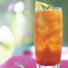 A yummy cool Bubbly Citrus Drink that refreshes you on a hot afternoon. I need to make this!