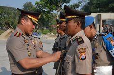 Pimpin Upacara Serah Terima Jabatan, Kapolresta Tangerang: Tindak Tegas Pelaku Begal - #PolrestaTangerang #Pelita #BeritaBanten #InfoBanten #Banten - http://bit.ly/2L2MUCz
