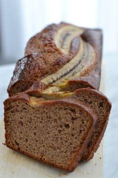 Il y a déjà une recette de banana bread sur le blog mais il existe tellement de variantes, que pour me débarrasser des 4 bananes trop m...
