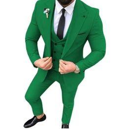 Green Wedding Tuxedos Groom Suits For Men Business Party Prom 2021 Men (Jacket +Pants+Tie ) plus size Groom Tuxedo, Tuxedo Suit, Tuxedo For Men, Tuxedo Wedding, Wedding Men, Wedding Tuxedos, Green Wedding, Wedding Stuff, Wedding Dress