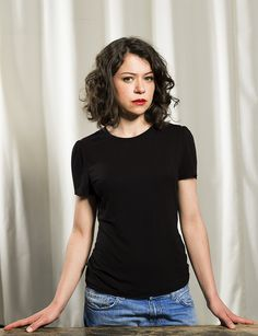 Tatiana Maslany Would Think Twice Before Taking Another Queer Role – Celebrities Woman Curly Hair Styles, Natural Hair Styles, Cherry Blossom Girl, Tatiana Maslany, Canadian Actresses, Orphan Black, Just Girl Things, Celebs, Celebrities