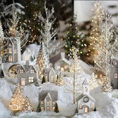 30 new collection of easy christmas decorations 11 Christmas Village Display, Indoor Christmas Decorations, Christmas Lanterns, Decorating With Christmas Lights, Christmas Villages, House Decorations, Christmas House Lights, Noel Christmas, Christmas Wreaths
