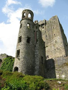 "4. Blarney Castle By gorrah, if you come to Ireland, you must kiss the Blarney Stone! While the ""Stone of Eloquence""  is what makes Blarney famous, it is also one of Ireland's prettiest castles."