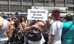 La actividad se realiza en rechazo a la violencia contra la comunidad LGBT Plaza, Equal Rights, Lgbt Community, Concert, Venezuela, Activities