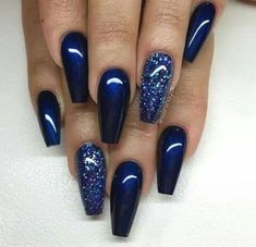 Here is Navy Blue Nail Designs Collection for you. Navy Blue Nail Designs elegant navy blue nail colors and designs for a supe. Fancy Nails, Trendy Nails, Sparkle Nails, Classy Nails, Simple Nails, Elegant Nails, Prom Nails, My Nails, Nails 2018