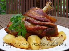 Csülök Pékné módra Hungarian Cuisine, Hungarian Recipes, Pork Hock, Cooking Tips, Cooking Recipes, Main Meals, Meat Recipes, The Best, Main Dishes