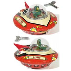Vintage Toys Wind up retro space saucer - Space Patrol Commander is ready to explore your universe. Wind up this retro Vintage Robots, Retro Robot, Vintage Toys, Vintage Ideas, Retro Vintage, Metal Toys, Tin Toys, Children's Toys, Toy Rocket