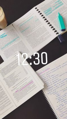 Studyblr Notes, Desk Stationery, Study Design, Pretty Notes, College Hacks, Study Inspiration, Study Motivation, Student Life, Study Tips