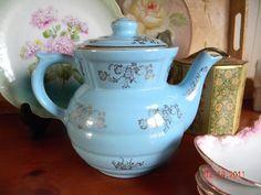 Vintage china, pretty.