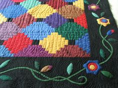 My Courthouse Steps quilt with applique & hand quilting-