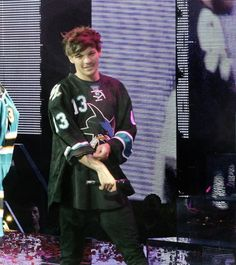 Louis Tomlinsom, Louis And Harry, One Direction Pictures, I Love One Direction, Sassy Louis, Louis Williams, Light Of My Life, Larry Stylinson, My Sunshine