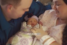Fam(ily) Photography by Leslie, Fresh 48 Session, Newborn at the hospital, Hospital Photography