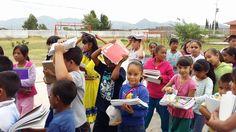 Niños beneficiados con la entrega de útiles escolares el año pasado