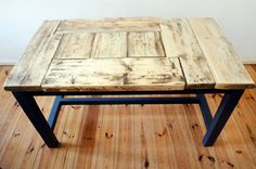Tisch im Landhaus-Stil aus Bauholz Daan von FraaiBerlin via dawanda.com