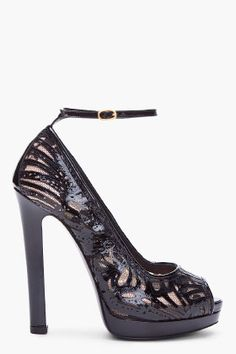 ALEXANDER MCQUEEN Black Laser Cut Leather Pumps $1,270 #Shoes #Heels