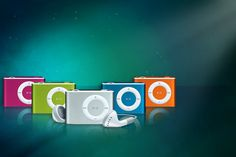 Shuffling 8GB MP3 Player with Earphones - 5 Colours!