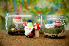 Craft yourself some DIY garden gnome terrarium and toadstools using recycled plastic Easter eggs this spring. Perfect for a kitschy terrarium. Plastic Easter Eggs, Easter Egg Crafts, Easter Egg Pictures, Mason Jar Terrarium, Nifty Crafts, How To Make Terrariums, Easter Tree, Easter Holidays, Easter Baskets