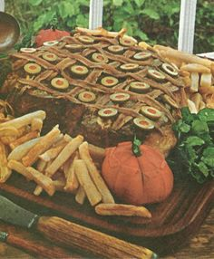 Anchovy Steak (Family Circle Illustrated Library of Cooking, 1972, Volume 15)