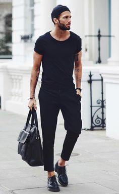 X Ways to Pull off All Black Outfits With Ease